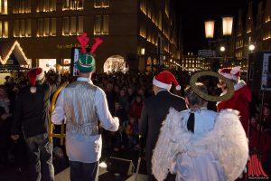 Gut besucht war der Lambertikirchplatz zur Eröffnung der Weihnachtsmärkte. (Foto: th)