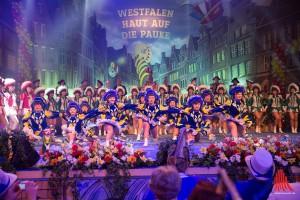 """Tänzer der KG """"Schlossgeister"""", """"NZA"""", """"Zibomo"""" und """"Hillis"""" zeigten gemeinsam, was Westfalen und Münster drauf haben. (Foto: cabe)"""