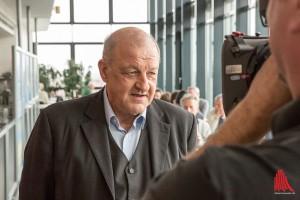 Für eine neue Wilsberg-Folge steht Schauspieler Leonard Lansink in der Kantine der Stadtverwaltung vor der Kamera. (Foto: cabe)