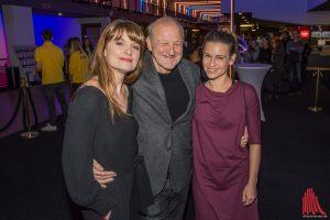 Gut gelaunt im Cineplex: Ina Paule Klink (li.), Leonard Lansink und Kristin Suckow. (Foto: th)