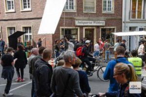 Die Dreharbeiten in der Stadt sind auch nach 25 Jahren für die Münsteraner noch immer eine Attraktion. (Foto: Michael Bührke)