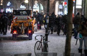 Der Winterdienst der AWM ist den ganzen Tag im Einsatz gewesen. (Archivbild: CC0)