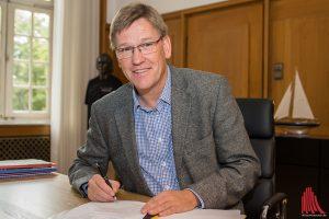 Vorlesungen wird er wohl vorerst nicht mehr halten. In seinem neuen Job ist für Professor Johannes Wessels viel Schreibtischarbeit angesagt. (Foto: th)