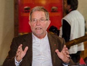 Der ehemalige Direktor des Allwetterzoos Jörg Adler. (Archivbild: th)