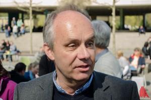 Bernd Tenbergen (LWL Naturkundemuseum) kennt immer noch ein Histörchen. (Foto: th)