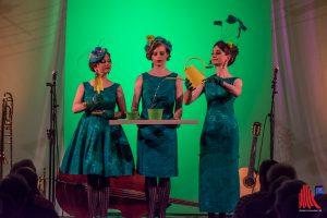 """Mit feierlicher Miene begingen die Zucchini Sistaz ihr Ritual zum """"Tag der Zucchini"""". (Foto: th)"""